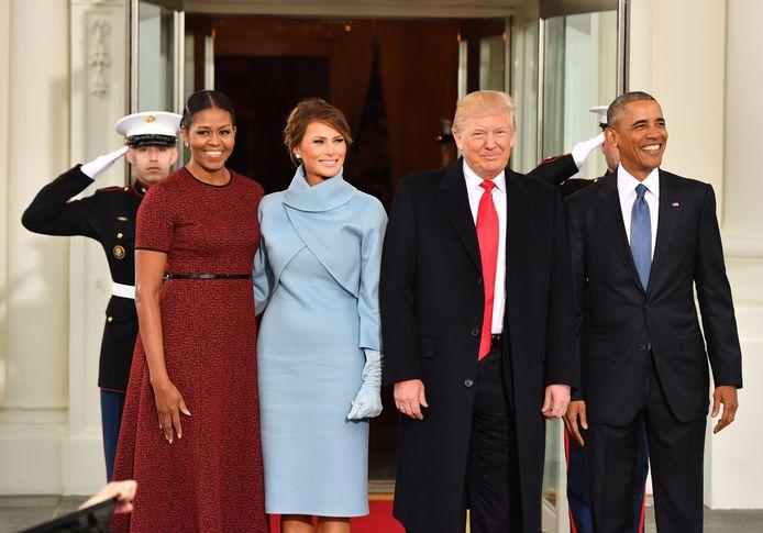 De Obama's ontvingen de Trumps vier jaar geleden in het Witte Huis, ook al was dat heel pijnlijk voor hen na de onverwachte nederlaag van Hillary Clinton.