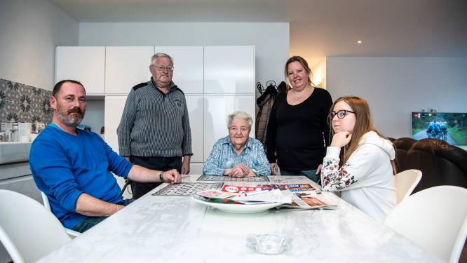 """""""Nog liever boete dan meter Mariëtte weg te sturen"""": Wendy moet zorgunit voor 87-jarige oma sluiten door achterhaalde industriebestemming woning"""