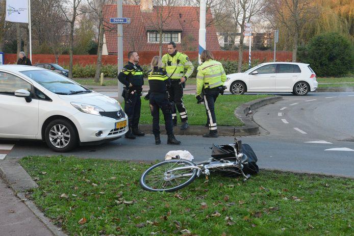 De vrouw raakte gewond bij de aanrijding op de Vrouw Avenweg