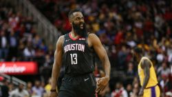 James Harden loodst Houston Rockets met 'triple-double' voorbij LA Lakers