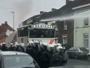 Une manifestation antifasciste dispersée à Charleroi: la FGTB et le PTB dénoncent la violence de la police