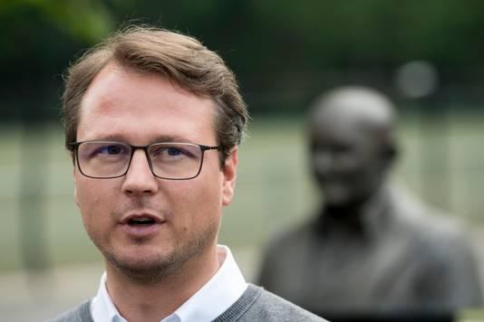 Johannes Spors is de technisch directeur van Vitesse. Hij werkte eerder bij Hoffenheim, HSV en Red Bull Leipzig.