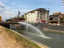Singel Vredenburg bijvullen? Nee, brandweer ververst eigen bluswater