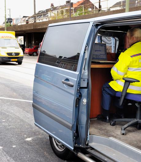 Automobilist rijdt 100 km te hard door Amsterdamse wijk