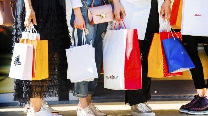 Winkels aan de kust en in toeristische centra mogen straks elke zondag open