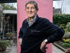 Johan Jansen hoort er eigenlijk niet meer te zijn: 'ik ben de nul procent'  Johan Jansen reist door zijn ongeneeslijke ziekte de wereld over 'het opende mijn ogen'  Johan Jansen leeft al jaren in de strafschoppenfase van zijn leven: 'ik heb geluk gehad'  Nul procent van de mensen met beenmergfibrose is er nog na 25 jaar, behalve Johan