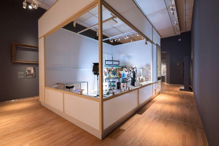 Het voor publiek toegankelijke restauratie-atelier in het Mauritshuis. Beeld Ivo Hoekstra / Mauritshuis, Den Haag