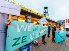 Grieken over Nederlanders die 189 vluchtelingen op wilden halen: 'We dachten dat het een grap was'