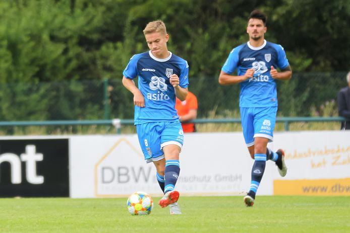 Teun Bijleveld is middenvelder en kwam deze zomer over van Jong Ajax.