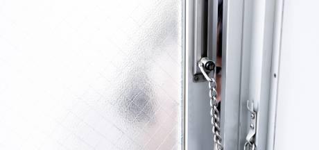 Vrouw (88) slachtoffer van babbeltruc: bestolen van sieraden in Schijndel