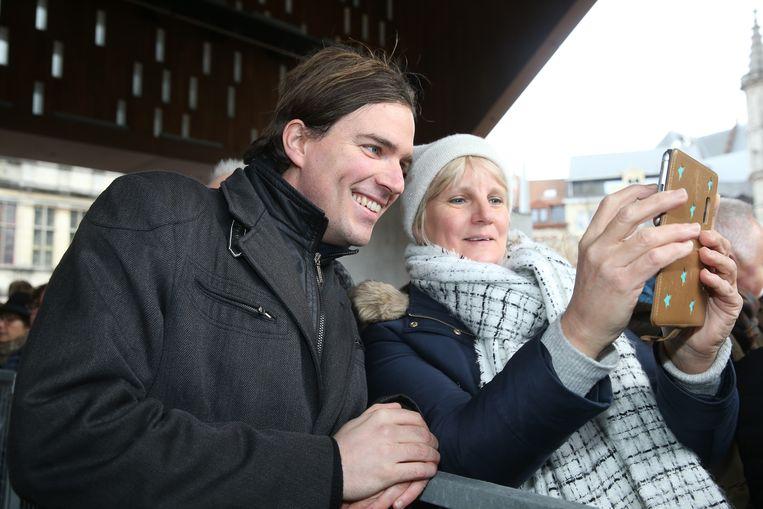 Mathias De Clercq beleefde onder de stadshal zijn echte vuurdoop als burgemeester van de Gentenaars.