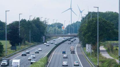 Bruggen al meer dan 20 jaar op lijst voor dringend onderhoud : viaduct E17 Gentbrugge wordt aangepakt, Volkershouw E40 gaat tegen de vlakte