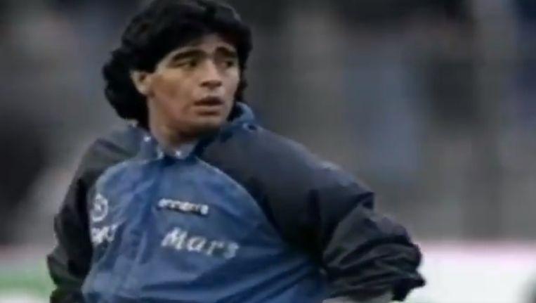 30 jaar geleden hield Maradona een balletje hoog in de opwarming van de halve finales van de Europacup.