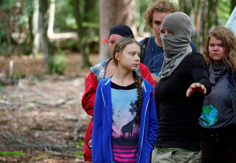 Greta Thunbrg in het bos van Hambach
