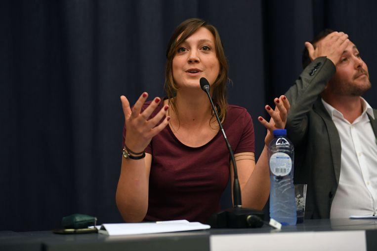 Line De Witte en David Dessers tijdens een verkiezingsdebat.