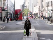 """L'économie britannique confrontée à sa """"pire récession jamais enregistrée"""""""