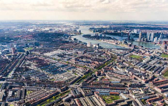 Luchtfoto van Rotterdam-Zuid.