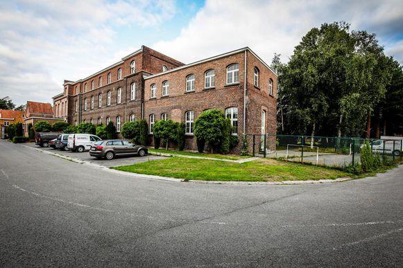 De site van het oude militair hospitaal in de Peterseliestraat.