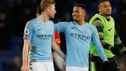 Man. City klopt Everton en pronkt naast Liverpool aan de leiding, De Bruyne toont zijn waarde in korte invalbeurt