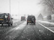 Het kan verraderlijk glad worden op de weg: eerste sneeuw op komst