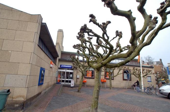 Het postkantoor in Oosterbeek wordt waarschijnlijk een gemeentelijk monument.foto Jan Wamelink