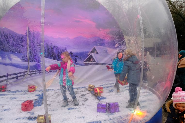 Even op cadeautjesjacht in een echte sneeuwstorm? Het kon in Deurne