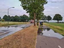 Gesprongen waterleiding in Hilvarenbeek zorgt voor problemen