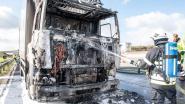 """Chauffeur kan nog net uit cabine van brandende truck springen: """"Enkele seconden later stond alles in lichterlaaie"""""""
