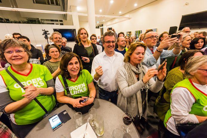 Verkiezingsavond in Zeist na de einduitslag. Bij GroenLinks is het feest.