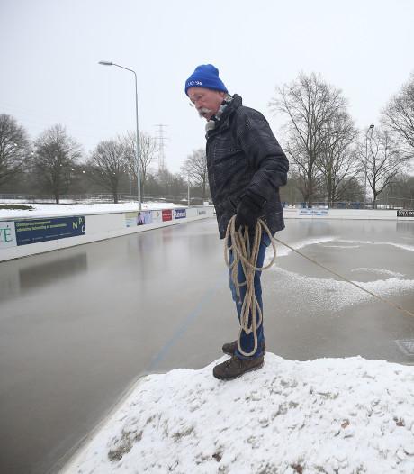 IJsbaan Doetinchem dinsdag open, andere schaatsclubs vrezen sneeuw