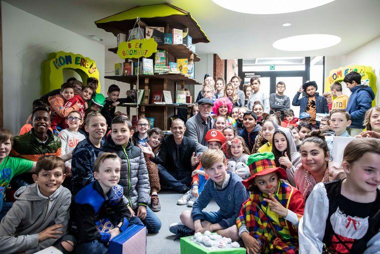 Jeugdauteur Andy Griffiths op bezoek in de Sint-Mauritiusschool in Bilzen.