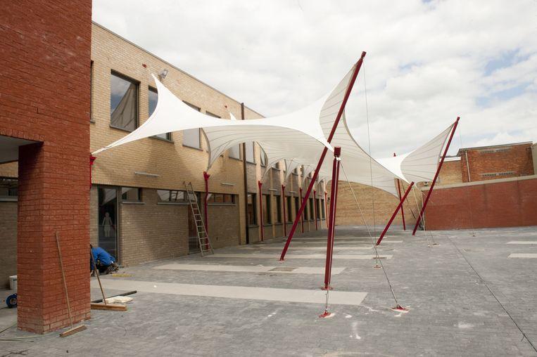 Duizend leerlingen bouwden zes schooljaren lang aan de nieuwbouw met nomadentent.