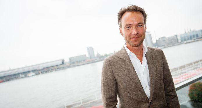 Antoin Peeters presenteert de Dordtse Stadsquiz op 12 december.