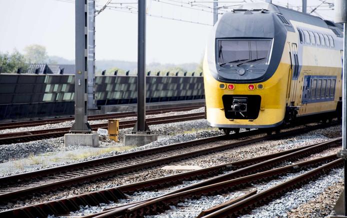 Tussen 3 december en 18 december vinden er werkzaamheden op het spoor plaats.