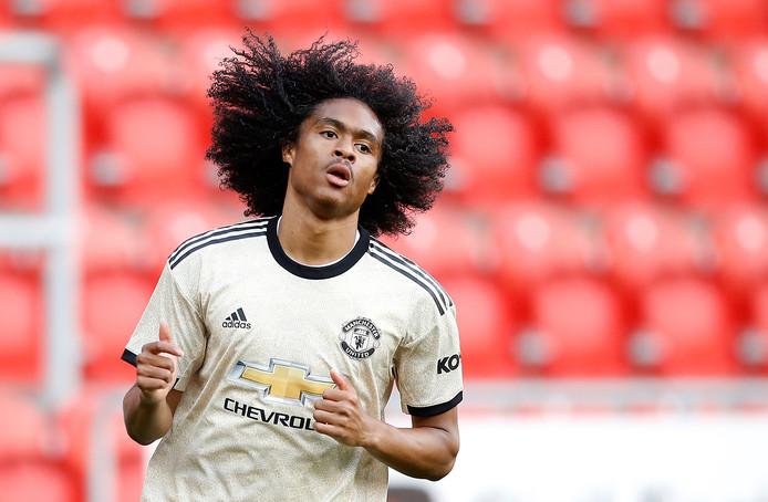 Tahith Chong gaat voor zijn kans bij Manchester United.