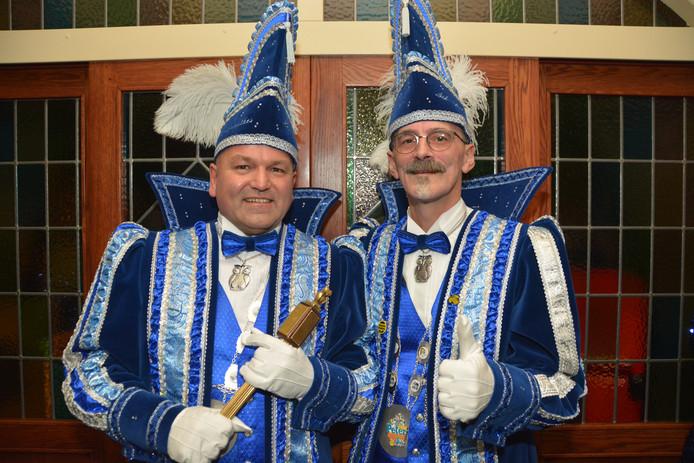 Hertog Peter en Sik Robert van de Nachtuulkes in Denekamp