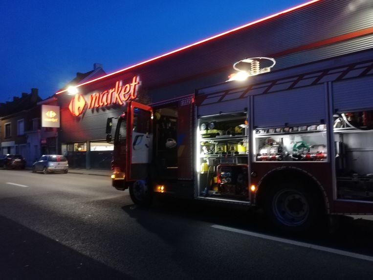 De brandweer moest woensdagavond uitrukken naar de Carrefour.