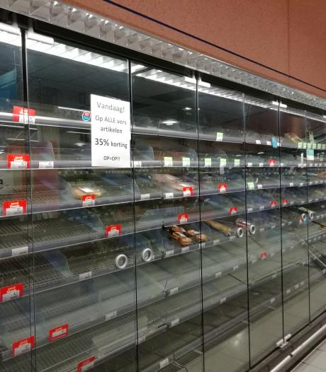 Albert Heijn winkelcentrum Wolfsberg in Deurne op de schop en 'deelt uit'