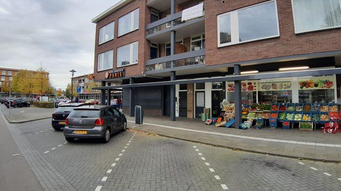 Pand gesloten en verzegeld aan Baliëndijk Breda na vondst granaat en patronen.