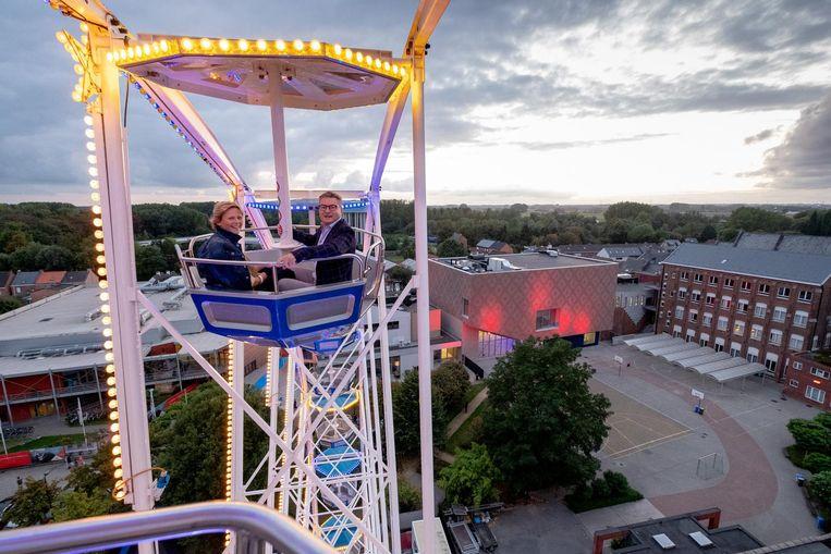 Vanuit een reuzenrad had je een prachtig uitzicht op het nieuwe cultuurcentrum en de omgeving.