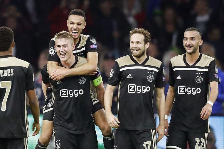 David Neres, Matthijs de Ligt, Noussair Mazraoui, Daley Blind en Hakim Ziyech. Wie van hen voetbalt na de zomer nog bij Ajax? Beeld ANP Pro Shots