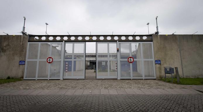 De bezetting in Nederlandse gevangenissen is al langer een probleem.