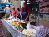 Mondige standwerkers slaan slag op de Osse markt