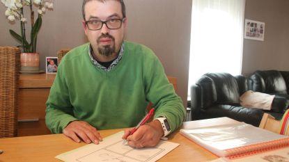 Striptekenaar Wim Vlieg (37) integreert lokale gebouwen en figuren in nieuw politieverhaal