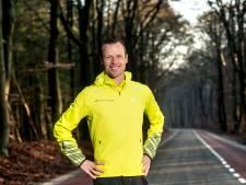 Speciale 'Coronaloop' van Dennis (35) uit Apeldoorn razend populair onder hardlopers: duizenden doen mee
