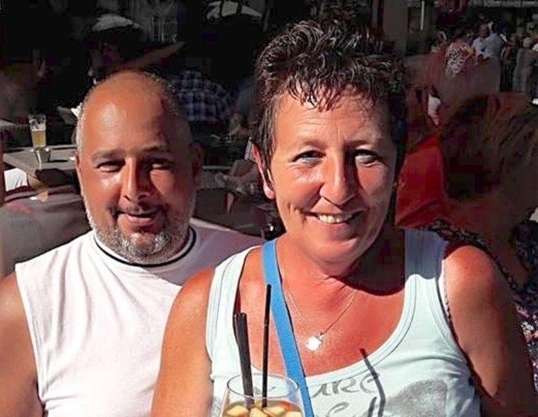 Andy Suy (45) uit Westkerke en echtgenote Anouschka Defever (50).