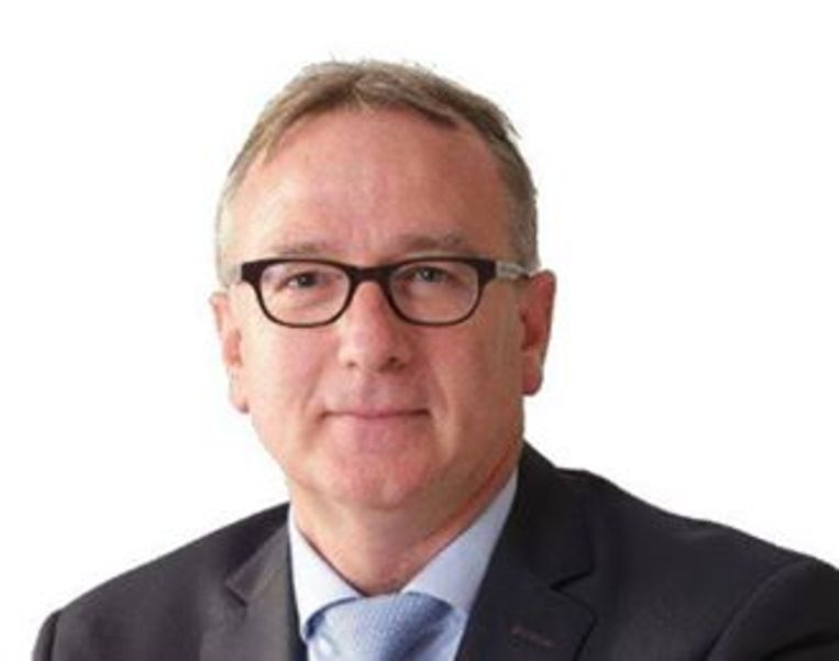 Koen Descheemaeker (N-VA) wees op het volgens hem misbruik van het gemeentepersoneel.
