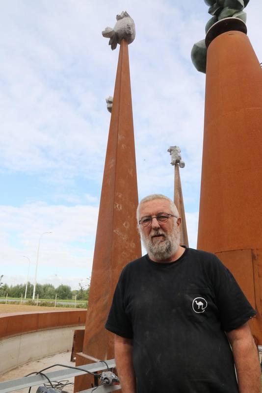 Kunstenaar Luc Ledene is tevreden met het resultaat.