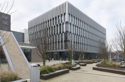 Erasmus Universiteit sluit gebouw om instortingsgevaar