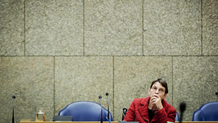 Staatssecretaris Jetta Klijnsma van Sociale Zaken en Werkgelegenheid in februari vorig jaar tijdens het debat in de Tweede Kamer over de invoering van de Participatiewet. Beeld anp